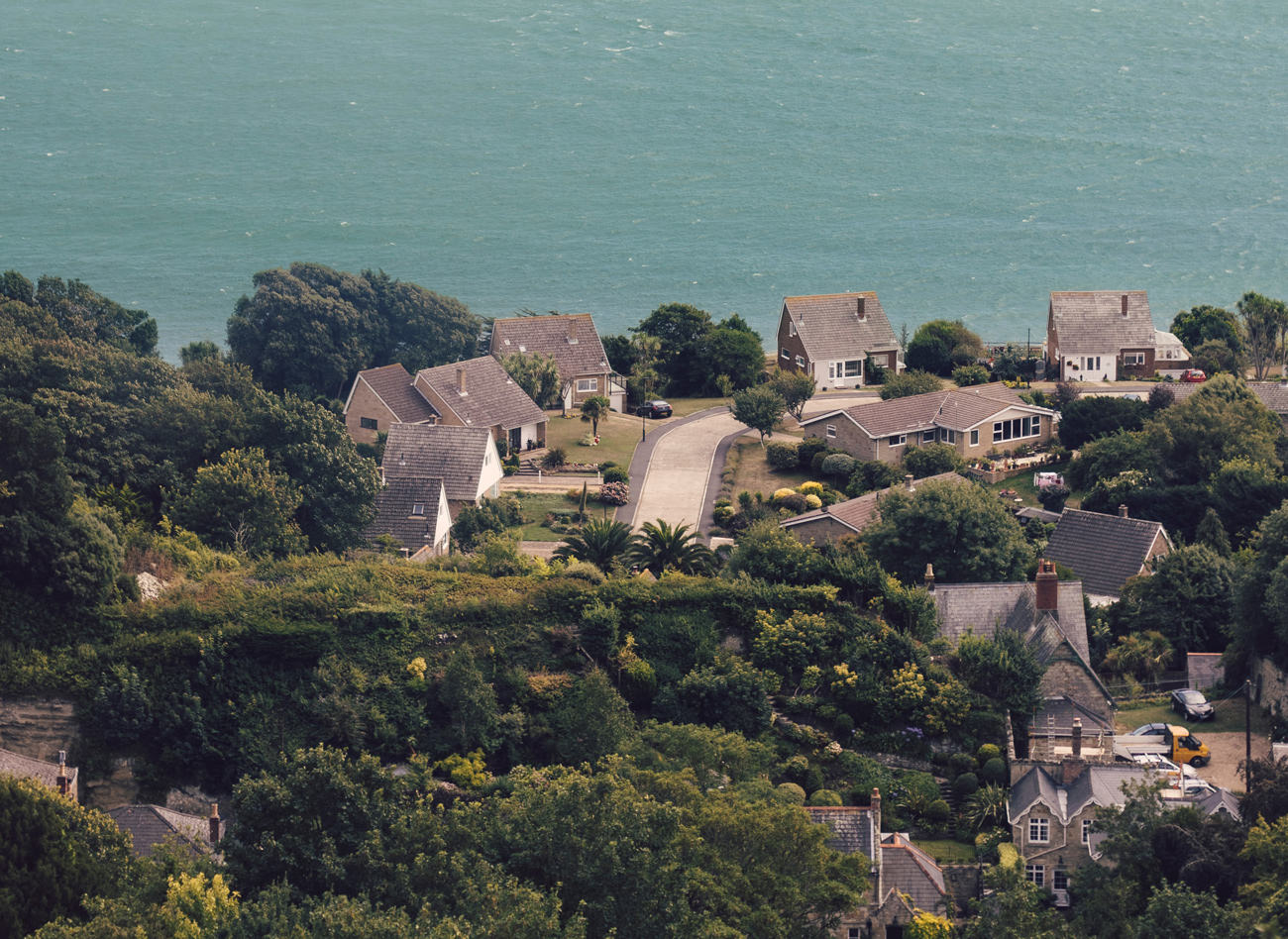 A village next to the sea on the Ilse of Wight